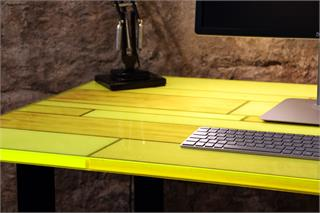 Neon Plank Table - Skrivebord